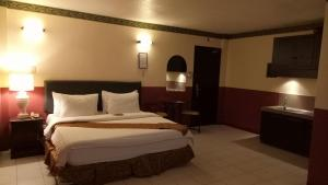 DM Residente Hotel Inns & Villas, Hotely  Angeles - big - 24