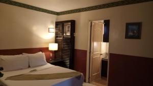 DM Residente Hotel Inns & Villas, Hotely  Angeles - big - 15