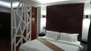 DM Residente Hotel Inns & Villas, Hotely  Angeles - big - 38