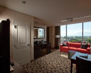 Exceutive King Suite