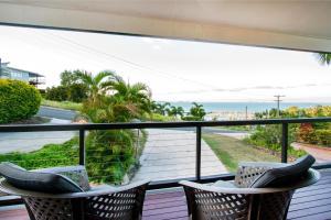 Heliconia on Kara, Prázdninové domy  Airlie Beach - big - 11