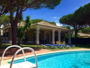 Chalet Villa España, Chalet  Roche - big - 9