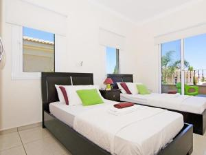 Villa KPBWB15, Holiday homes  Paralimni - big - 12