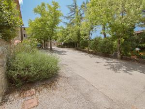 Locazione turistica Vignaiolo, Apartments  San Sano - big - 14