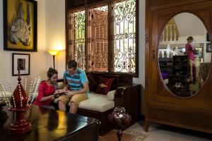 HanumanAlaya Colonial House, Hotely  Siem Reap - big - 64