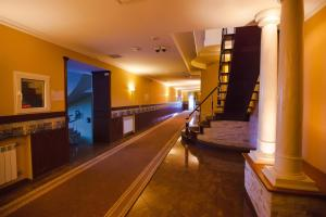 Maxim Marine Yacht Club Hotel, Szállodák  Nova Kahovka - big - 39