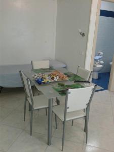 Casa Vacanza Giudy, Апартаменты  Кастро-ди-Лечче - big - 16