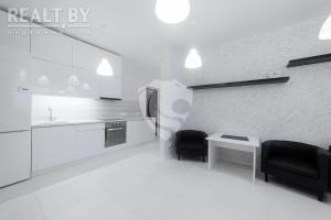 Apartment on Platonava 33, Ferienwohnungen  Minsk - big - 1