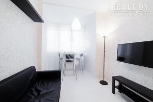 Apartment on Platonava 33, Ferienwohnungen  Minsk - big - 4