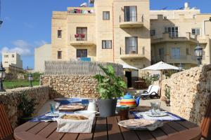 Gozo A Prescindere B&B, Bed and Breakfasts  Nadur - big - 86