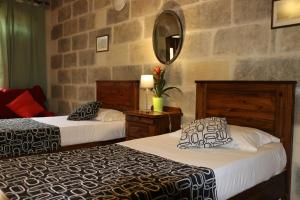 Gozo A Prescindere B&B, Bed and Breakfasts  Nadur - big - 11