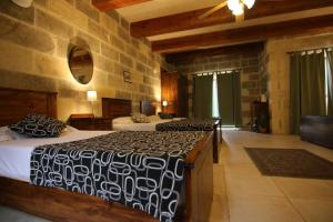 Gozo A Prescindere B&B, Bed and Breakfasts  Nadur - big - 7