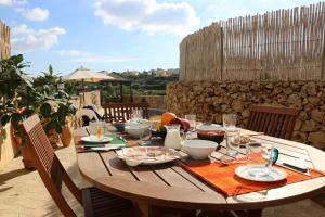 Gozo A Prescindere B&B, Bed and Breakfasts  Nadur - big - 91