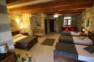 Gozo A Prescindere B&B, Bed and Breakfasts  Nadur - big - 5