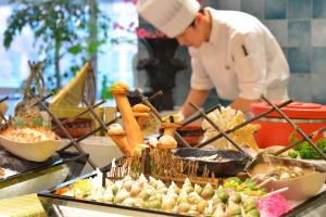 Hotel Nikko Dalian, Отели  Далянь - big - 48