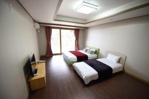 Jeju Heritage Hotel, Hotely  Jeju - big - 4