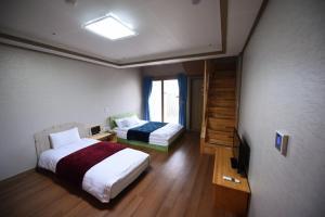 Jeju Heritage Hotel, Hotely  Jeju - big - 9