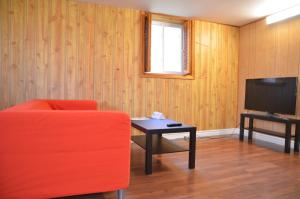 Scarborough North Comfort Stay, Penzióny  Toronto - big - 1