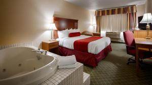 King Room with Spa Bath - Non-Smoking