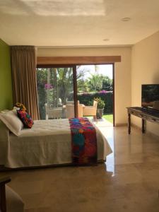 Hotel Lindo Ajijic Bed & Breakfast, Bed and Breakfasts  Ajijic - big - 16