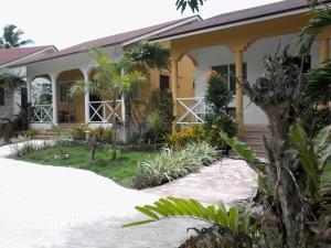 Celvis Vacation Cottages, Prázdninové domy  Dauis - big - 1