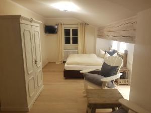 Zum Schweizerbartl, Hotely  Garmisch-Partenkirchen - big - 17
