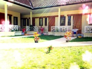 Do It Yourself Inn, Guest houses  Jimbaran - big - 38