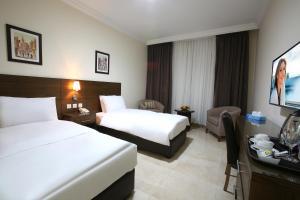 Costa Marina Hotel and Suites