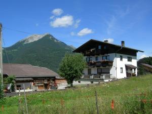 Haus Bergblick, Apartmanok  Ehrwald - big - 26