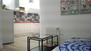 Good Morning Lavapies, Апартаменты  Мадрид - big - 23