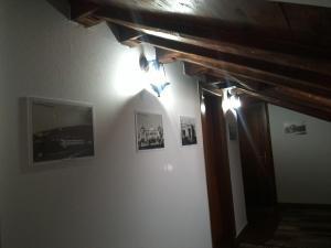 Hotel Bujtina e Bardhe, Hotel  Korçë - big - 25