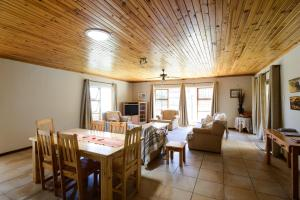Barbiers Bliss, Apartmány  Jeffreys Bay - big - 9