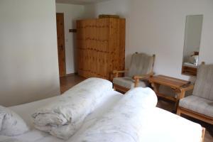 Chasa Randulina, Bed & Breakfast  Sta Maria Val Müstair - big - 6