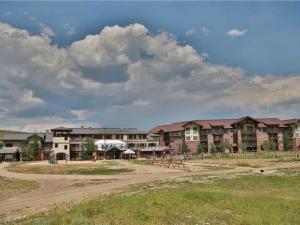 Base Camp One 411 Condo, Ferienwohnungen  Granby - big - 18