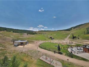 Base Camp One 411 Condo, Ferienwohnungen  Granby - big - 15