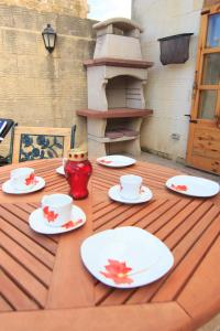 Ta' Bejza Holiday Home with Private Pool, Дома для отпуска  Шеукия - big - 31