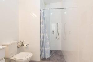 Kfar Saba Center Apartment, Appartamenti  Kefar Sava - big - 19
