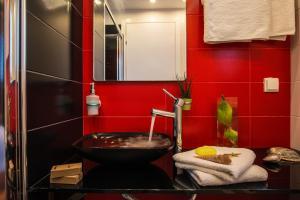 Semiramis Guesthouse, Hotely  Adamas - big - 36