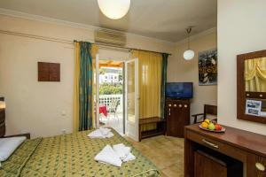 Semiramis Guesthouse, Hotely  Adamas - big - 27