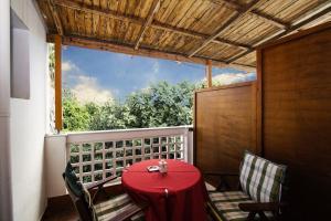 Semiramis Guesthouse, Hotely  Adamas - big - 11