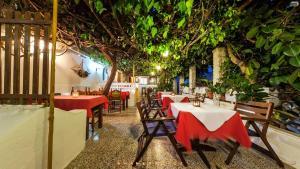 Semiramis Guesthouse, Hotely  Adamas - big - 72