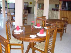 Sea View Beach Hotel, Hotely  Nilaveli - big - 44