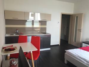 Apartmány Rezidence Nová Karolina, Ferienwohnungen  Ostrava - big - 13
