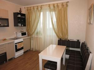 Like at home on Pozharnaya 35, Apartmanok  Orjol - big - 15