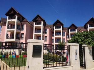 Apartment Villa Roza