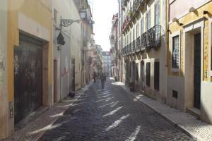 FADO Bairro Alto - SSs Apartments, Апартаменты  Лиссабон - big - 56