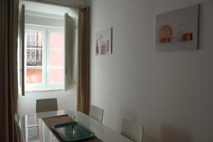 FADO Bairro Alto - SSs Apartments, Апартаменты  Лиссабон - big - 59