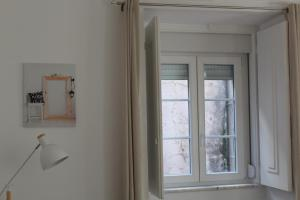 FADO Bairro Alto - SSs Apartments, Апартаменты  Лиссабон - big - 73