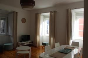 FADO Bairro Alto - SSs Apartments, Апартаменты  Лиссабон - big - 76