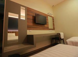 Pantai Regal Hotel, Hotely  Kuantan - big - 46